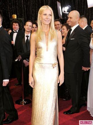 Gwyneth-paltrow-2011-oscars-red-carpet