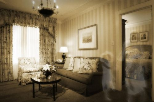 Monteleone ghost_photo