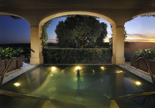 Castello del Nero pool tuscany
