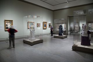 Met gallery 5