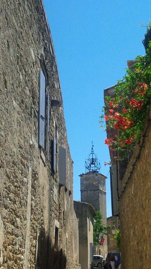 Menerbes Street 2