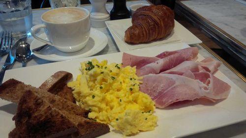 Maison kayser breakfast