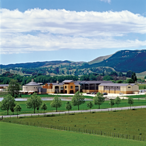 Cgr_winery_and_scenery