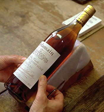 Dlm_bottle_labeling