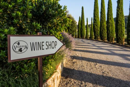 Val di Suga wine shop